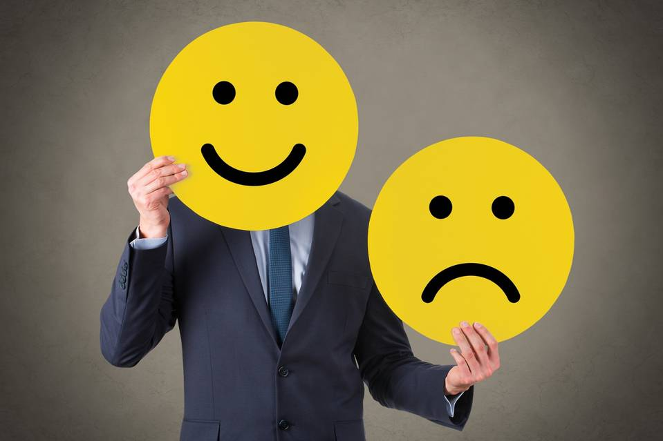 imagine cu client fericit smiley face emoticon